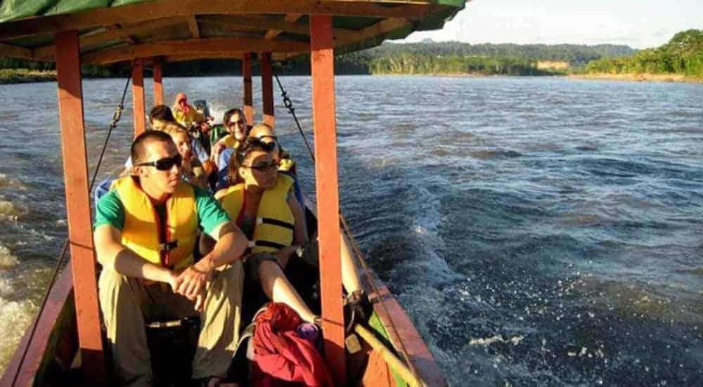 Excursiones en bote.